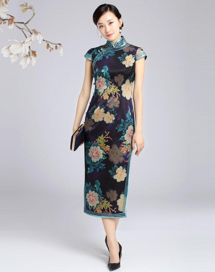 中年女性怎么穿搭才能更能彰显中国风的韵味-幽兰花香