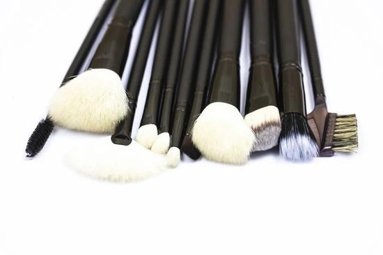 明星化妆师私藏的平价变美小工具  竟然这么便宜?-幽兰花香
